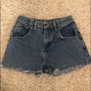 Pants - Wrangler high waisted shorts